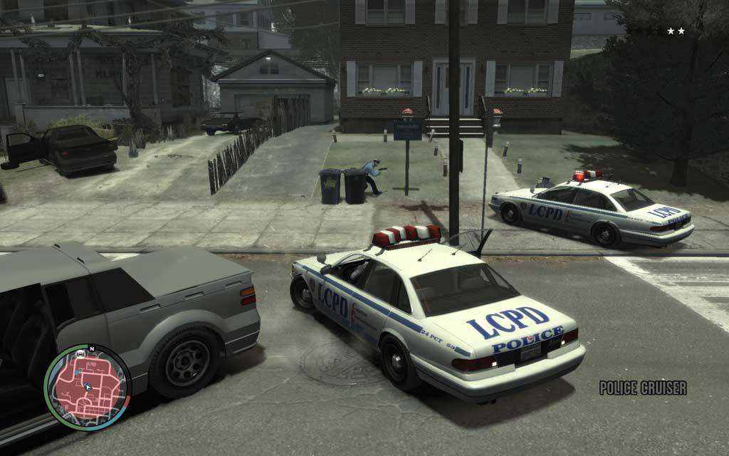 警官を殺してしまうと手配度が上がるため、発砲を控えてサクっと逃げ出そう。彼らのパトカーを奪取するのがベター。