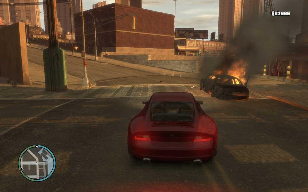 車で逃走するターゲットを始末したい場合は、窓越しにHSを狙うよりもトランク付近にダメージを与えて炎上させるのが確実。